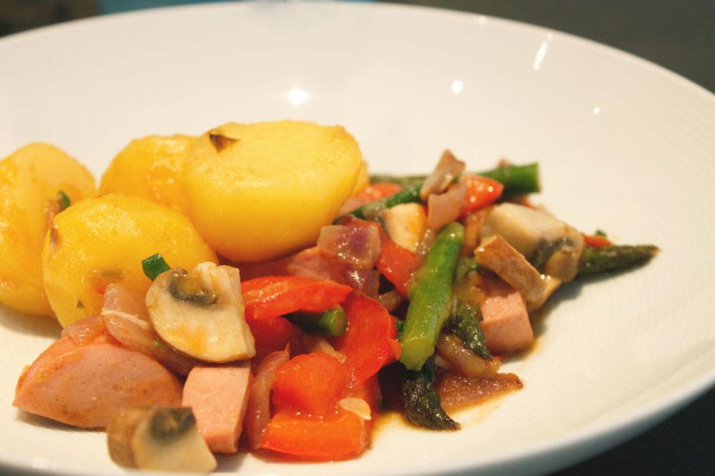 kartoffel-wurst-pfanne